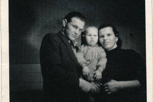 S milovanými rodičmi.