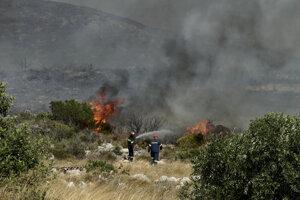 Lesný požiar v Grécku.