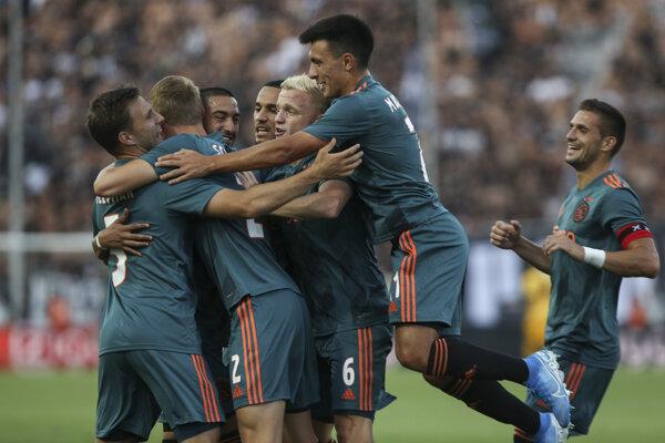 Momentka zo zápasu Ajax Amsterdam - PAOK Solún.