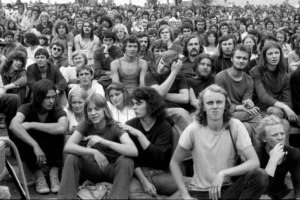 Do Pezinka dorazili fanúšikovia alternatívnej muziky z celého Československa.