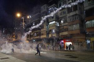 Demonštrácie v Hongkongu pokračujú.