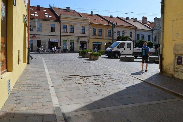 Pre opravu bude uzatvorený úsek cesty na Jarkovej ulici.