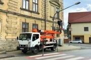 Pohyb na hraniciach mesta inteligentné kamery monitorujú na Zimnej ulici, na Ulici SNP a na Slnečnej ulici.
