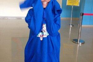 Mám rada prácu s deťmi ako je trinásťročná Srey Kau v mojej mikine v Kambodži