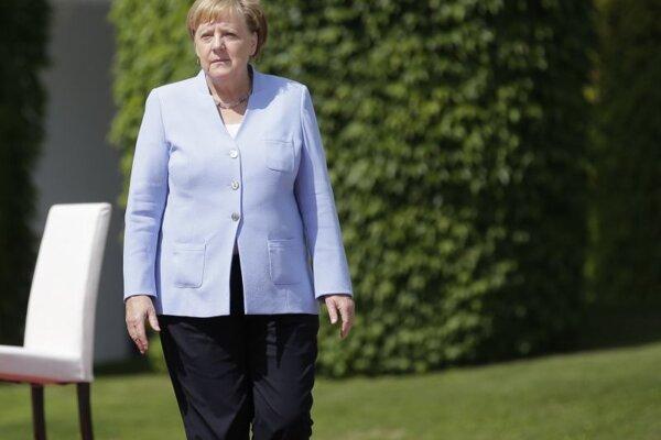 Merkelová s Orbánom si pripomínajú pád železnej opony