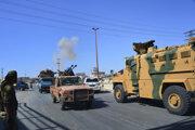 Vozidlá sýrskej armády v meste Chán Šajchún.