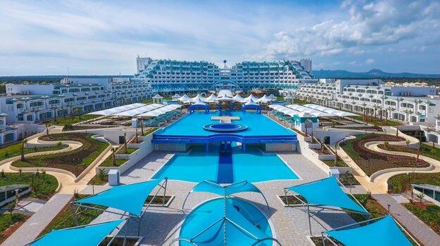 Limak Cyprus De Luxe Hotel & Resort 5*, Cyprus
