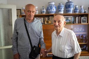 Stretnutie po rokoch. Branislav Tvarožek a Martin Janec, zrejme poslední žijúci členovia Vysokoškolského strážneho oddielu.