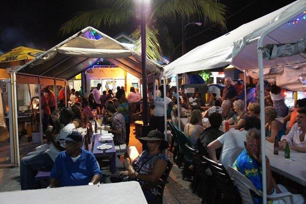 Domáci si na Barbadose vychutnávajú skvelo pripravené ryby