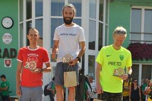 Muži do 39 rokov s absolútnym víťazom Mariánom Zimmermannom z Kluknavy.