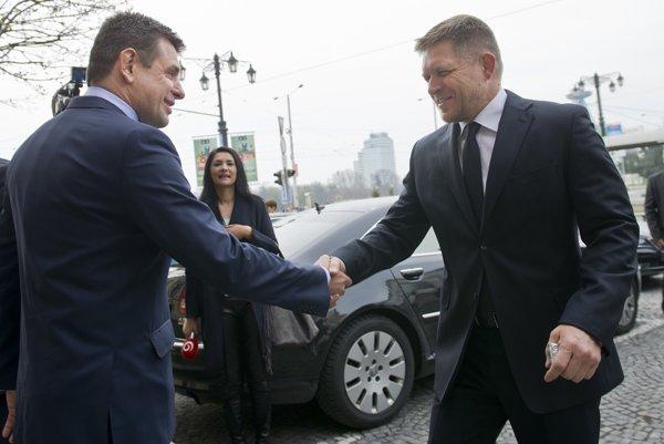 Minister životného prostredia László Solymos a premiér Robert Fico.