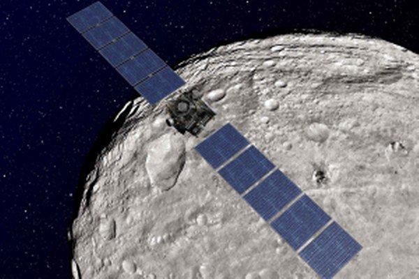 Planétka Vesta je spomienkou na vznik našej slnečnej sústavy.