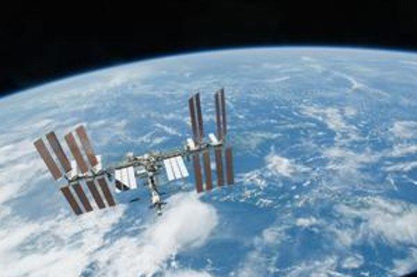 Lety ľudí na Medzinárodnú vesmírnu stanicu ISS sú závislé  od ruských rakiet.