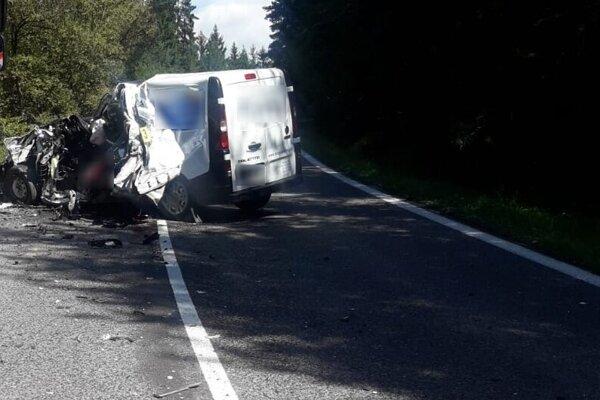 Nehoda na ceste medzi Kráľovou Lehotou a obcou Hybe