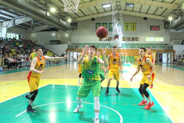 Levickí basketbalisti budú na domácom turnaji obhajovať titul.