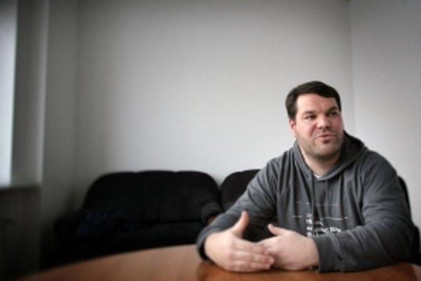Tomáš Bella pripravuje projekt jednotného spoplatnenia pre slovenské webové stránky.