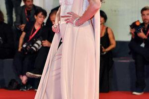 Claudia Pineda.