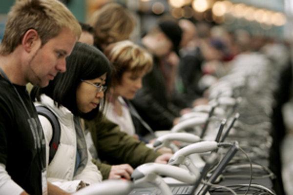 Stroj môže byť pri komunikácii ľudí rovnako nenahraditeľný ako neurón.
