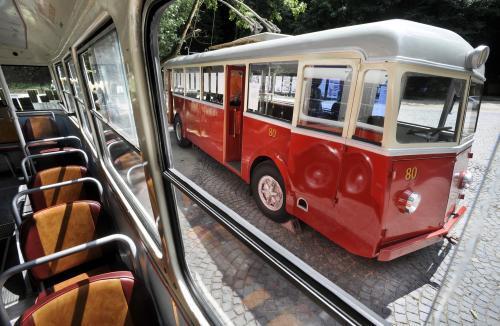 trolejbusy4_tasr.jpg