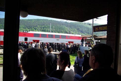 vlak7_490.jpg