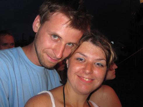 Online dating chlapci zmizne