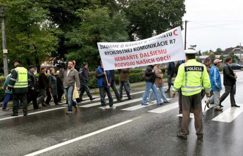 protest_dunajska_luzna.4.tasr.jpg