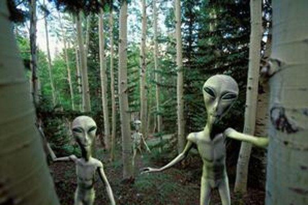 Vedci z NASA tvrdia, že už tento rok nájdeme stopy po mimozemšťanoch – baktériách. Prípadné inteligentné bytosti by sa však na nás mohli podobať.