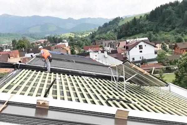 Firma strechu na habovskej škole opravila za necelé tri mesiace.