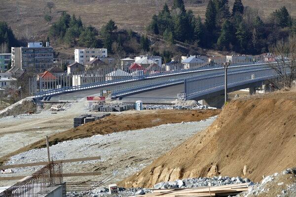 Na snímke stavba diaľničného úseku D1 Lietavská Lúčka - Višňové - Dubná Skala.
