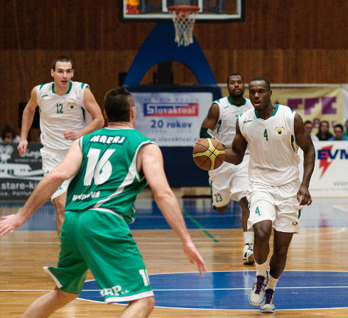 basketbal_derby_94_7_1.jpg