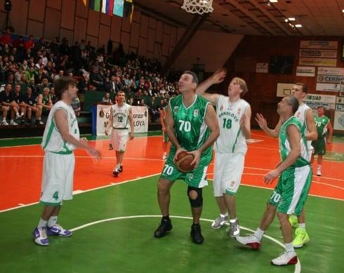 handlova_70_rokov_basketbalu_akcia.jpg