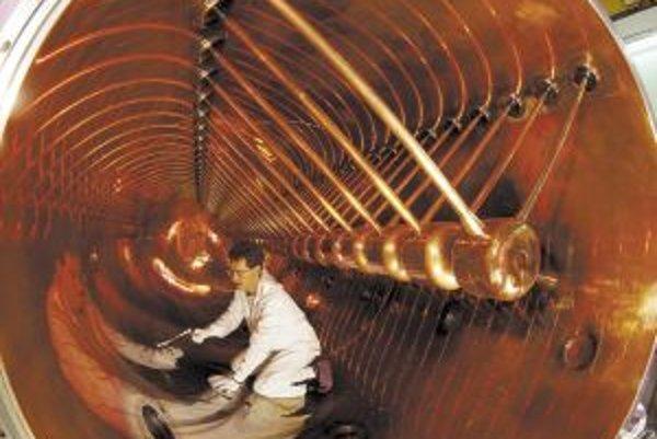 Pohľad do vnútra 120-metrového urýchľovača, ktorý je hlavným pracovným nástrojom vedcov v GSI.