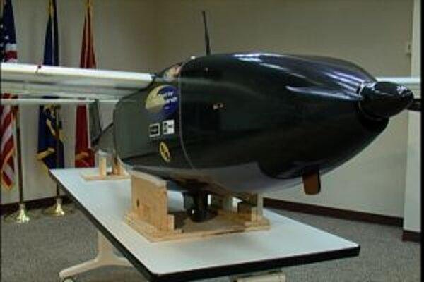 Ion Tiger zblízka. Ľahké prieskumné bezpilotné lietadlo, ktoré naozaj ťažko zbadať: má tichý motor, vydávajúci málo tepla a prakticky nulové emisie, čo zaručuje vodíkový pohon.