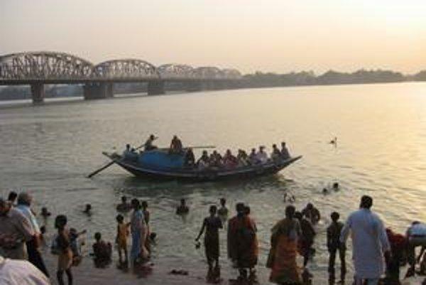 Ganga pri Kalkate.