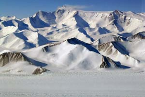 Transantarktické pohorie dokonale vystihuje predstavu, ktorú máme o polárnych oblastiach,