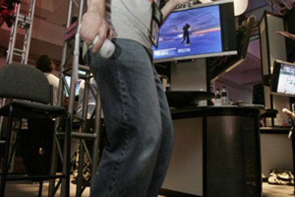 Firma Nintedo na výstave E3 Media and Business Summit predviedla hru Skate It, ktorú hráč ovláda pomocou balansovania.