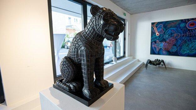 Jaroslav Róna vraví, že ho živia najmä sochy do verejných priestorov.