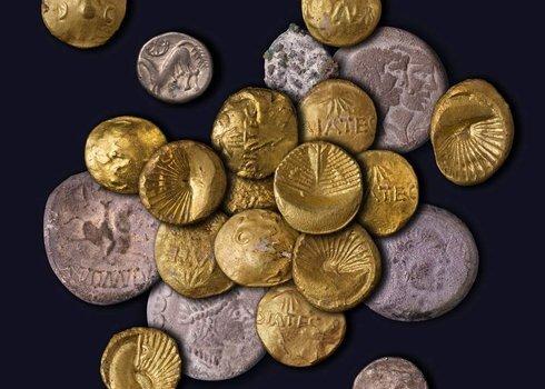 poklad-keltskych-minci-z-jazdiarne-2009_r5047-490x350.jpg