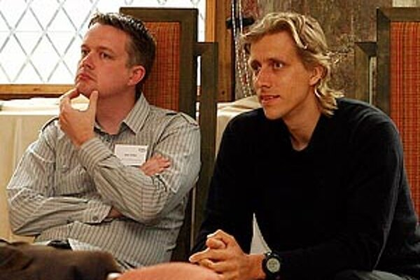 Jaan Tallinn a Ahti Heinla - pôvodní autori kódu Skype na konferencii v Tallinne