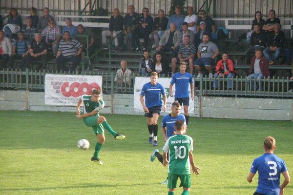 Zo zápasu FKM Nové Zámky - Marcelová 2:1