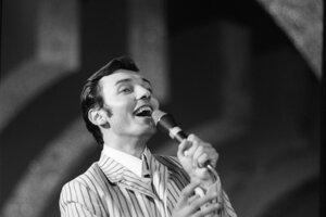 Karel Gott na festivale tanečnej piesne v roku 1967.