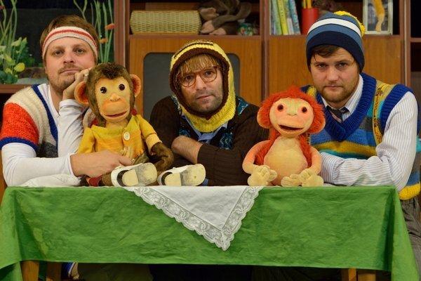 opice-z-nasej-police-bdb_r8497_res.jpg