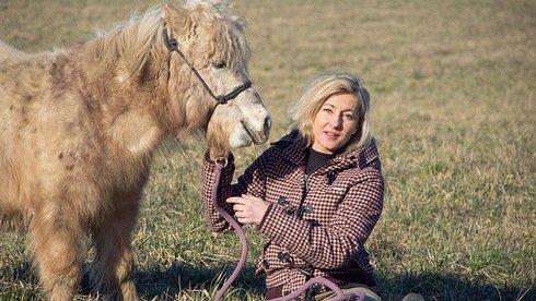 hybnerova-foto-josefina-rasilovova_r1997_res.jpg