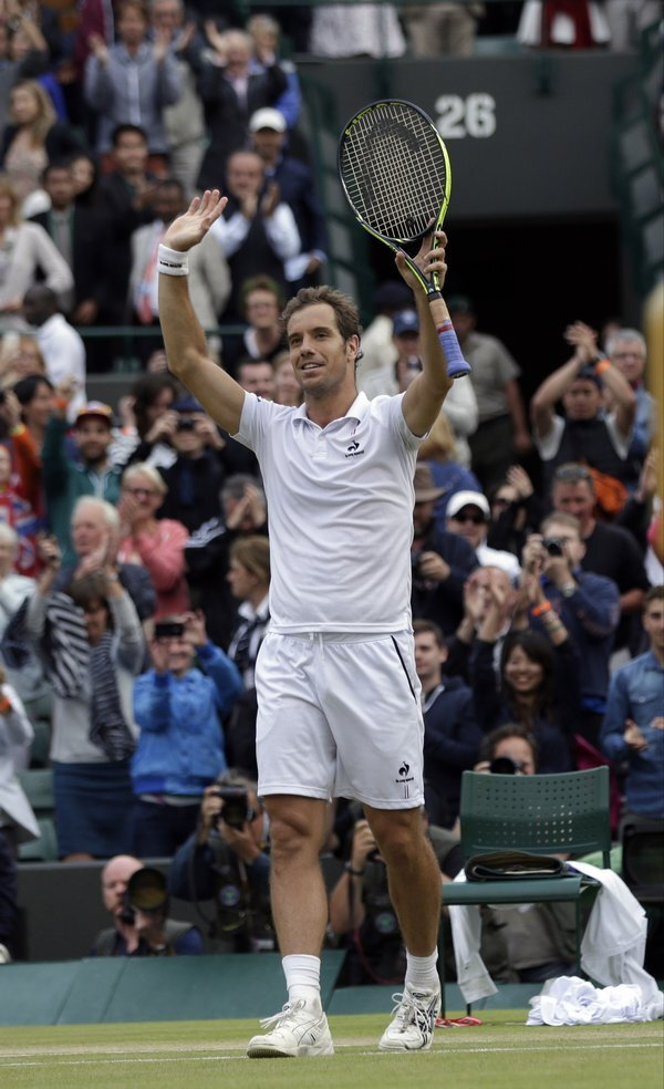 britain_wimbledon_tennis-7be0fae4d658493_r5581_res.jpeg