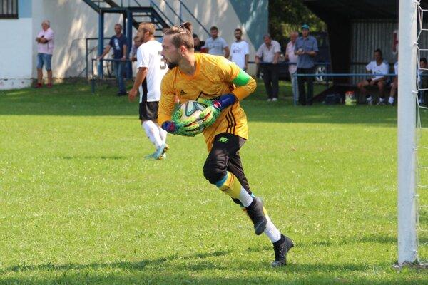 Rastislav Bugaj z Ťapešova privádzal hráčov ŠK Sedem do zúfalstva.
