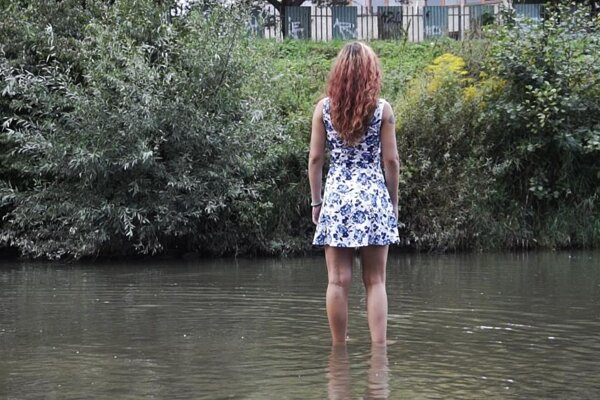 Z klipu Čiara. Natáčalo sa aj v rieke Torysa.