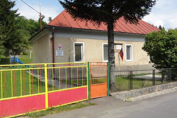 Materská škola v Podkriváni.