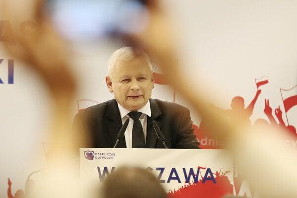 Kaczynski vo Varšave hovoril o ekonomických úspechoch aj ohrození poľskej identity homosexuálmi a utečencami.