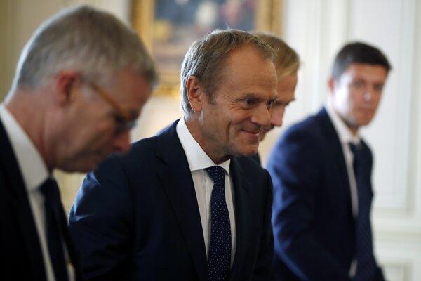 Predseda Európskej rady Donald Tusk už začal konzultácie na túto tému s ostatnými 27 členskými krajinami Európskej únie.