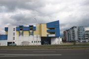 Prázdna budova
